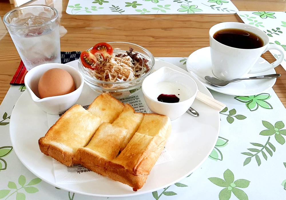 ラドーレ神河 朝食(カフェ・ハク)